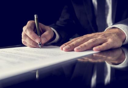 Podpisanie umowy na inwestycje